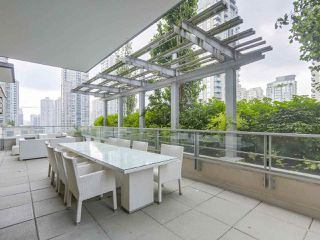 """Photo 19: 903 535 SMITHE Street in Vancouver: Downtown VW Condo for sale in """"DOLCE AT SYMPHONY PLACE"""" (Vancouver West)  : MLS®# R2301055"""