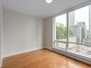 """Photo 13: 903 535 SMITHE Street in Vancouver: Downtown VW Condo for sale in """"DOLCE AT SYMPHONY PLACE"""" (Vancouver West)  : MLS®# R2301055"""