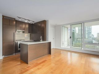 """Photo 6: 903 535 SMITHE Street in Vancouver: Downtown VW Condo for sale in """"DOLCE AT SYMPHONY PLACE"""" (Vancouver West)  : MLS®# R2301055"""