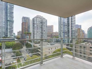 """Photo 15: 903 535 SMITHE Street in Vancouver: Downtown VW Condo for sale in """"DOLCE AT SYMPHONY PLACE"""" (Vancouver West)  : MLS®# R2301055"""