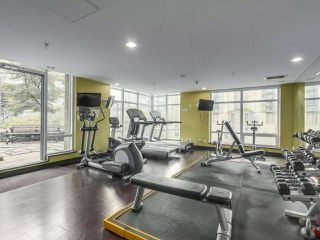 """Photo 18: 903 535 SMITHE Street in Vancouver: Downtown VW Condo for sale in """"DOLCE AT SYMPHONY PLACE"""" (Vancouver West)  : MLS®# R2301055"""