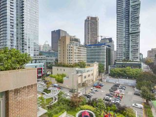"""Photo 16: 903 535 SMITHE Street in Vancouver: Downtown VW Condo for sale in """"DOLCE AT SYMPHONY PLACE"""" (Vancouver West)  : MLS®# R2301055"""