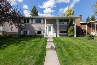 Photo 1: 10207 7 Street SW in Calgary: Southwood Detached for sale : MLS®# C4203989