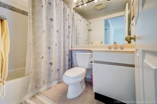 """Photo 19: 1704 888 HAMILTON Street in Vancouver: Downtown VW Condo for sale in """"ROSEDALE GARDEN"""" (Vancouver West)  : MLS®# R2304603"""