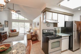 """Photo 5: 311 230 MOWAT Street in New Westminster: Uptown NW Condo for sale in """"HILLPOINTE"""" : MLS®# R2321033"""