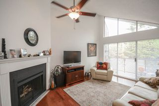 "Photo 2: 311 230 MOWAT Street in New Westminster: Uptown NW Condo for sale in ""HILLPOINTE"" : MLS®# R2321033"