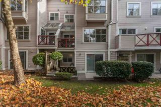 """Photo 2: 72 2450 HAWTHORNE Avenue in Port Coquitlam: Central Pt Coquitlam Townhouse for sale in """"Country Park Estates"""" : MLS®# R2326075"""