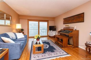Photo 3: 404 929 Esquimalt Rd in VICTORIA: Es Old Esquimalt Condo for sale (Esquimalt)  : MLS®# 803085