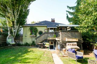 Photo 3: 3150 GRANT Street in Vancouver: Renfrew VE House for sale (Vancouver East)  : MLS®# R2341954