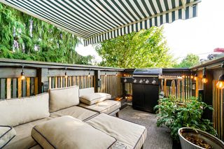 Photo 1: 3150 GRANT Street in Vancouver: Renfrew VE House for sale (Vancouver East)  : MLS®# R2341954