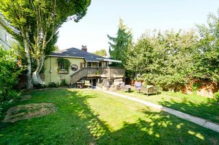 Photo 4: 3150 GRANT Street in Vancouver: Renfrew VE House for sale (Vancouver East)  : MLS®# R2341954