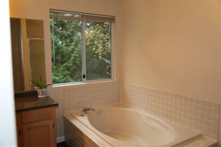 Photo 11: 2820 THIMBLEBERRY Court in Coquitlam: Westwood Plateau House for sale : MLS®# R2342816