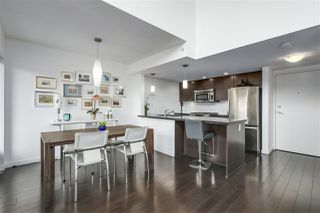 """Photo 2: PH12 1288 CHESTERFIELD Avenue in North Vancouver: Central Lonsdale Condo for sale in """"ALINA"""" : MLS®# R2344472"""