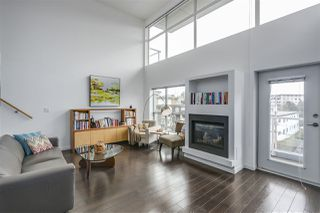 "Photo 5: PH12 1288 CHESTERFIELD Avenue in North Vancouver: Central Lonsdale Condo for sale in ""ALINA"" : MLS®# R2344472"