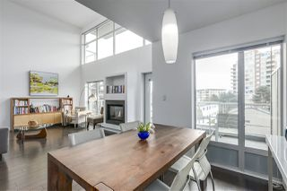"""Photo 4: PH12 1288 CHESTERFIELD Avenue in North Vancouver: Central Lonsdale Condo for sale in """"ALINA"""" : MLS®# R2344472"""