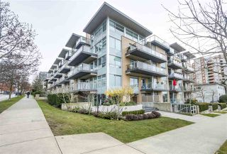 """Photo 19: PH12 1288 CHESTERFIELD Avenue in North Vancouver: Central Lonsdale Condo for sale in """"ALINA"""" : MLS®# R2344472"""