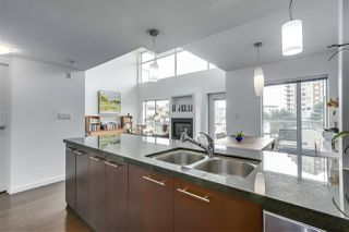 "Photo 10: PH12 1288 CHESTERFIELD Avenue in North Vancouver: Central Lonsdale Condo for sale in ""ALINA"" : MLS®# R2344472"