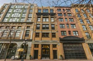 """Photo 2: 705 27 ALEXANDER Street in Vancouver: Downtown VE Condo for sale in """"The Alexis"""" (Vancouver East)  : MLS®# R2345548"""