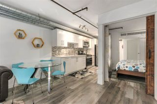 """Photo 5: 705 27 ALEXANDER Street in Vancouver: Downtown VE Condo for sale in """"The Alexis"""" (Vancouver East)  : MLS®# R2345548"""