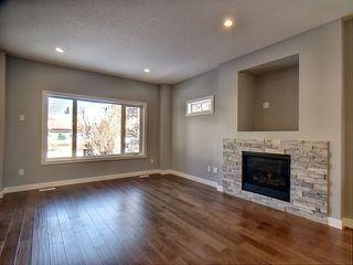 Photo 3: 13913 102 Avenue in Edmonton: Zone 11 House for sale : MLS®# E4146106