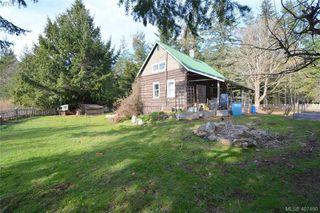 Photo 2: 2666 Kemp Lake Rd in SOOKE: Sk Kemp Lake Single Family Detached for sale (Sooke)  : MLS®# 809776