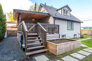 Photo 2: 4609 NO. 3 Road: Yarrow House for sale : MLS®# R2359381