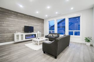 Photo 3: 2087 165 Street in Surrey: Grandview Surrey House for sale (South Surrey White Rock)  : MLS®# R2360720