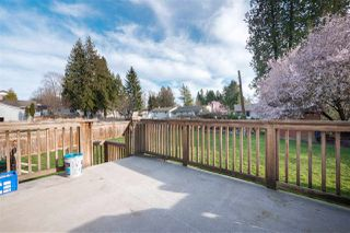 Photo 7: 14838 90 Avenue in Surrey: Bear Creek Green Timbers House for sale : MLS®# R2361592