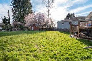 Photo 3: 14838 90 Avenue in Surrey: Bear Creek Green Timbers House for sale : MLS®# R2361592