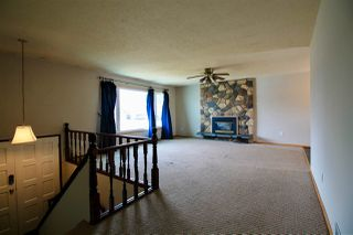 Photo 2: 4912 52 Street: Bruderheim House for sale : MLS®# E4154869