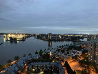 """Photo 18: 2211 988 QUAYSIDE Drive in New Westminster: Quay Condo for sale in """"RIVERSKY 2"""" : MLS®# R2368700"""