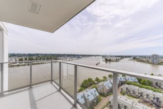 "Photo 12: 2211 988 QUAYSIDE Drive in New Westminster: Quay Condo for sale in ""RIVERSKY 2"" : MLS®# R2368700"