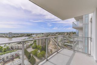 "Photo 13: 2211 988 QUAYSIDE Drive in New Westminster: Quay Condo for sale in ""RIVERSKY 2"" : MLS®# R2368700"