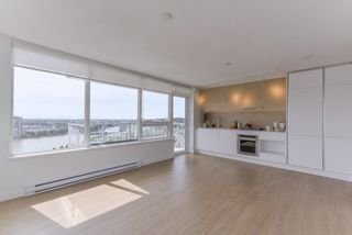 "Photo 4: 2211 988 QUAYSIDE Drive in New Westminster: Quay Condo for sale in ""RIVERSKY 2"" : MLS®# R2368700"