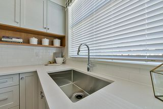 """Photo 5: 48 27735 ROUNDHOUSE Drive in Abbotsford: Aberdeen Townhouse for sale in """"ROUNDHOUSE"""" : MLS®# R2382428"""
