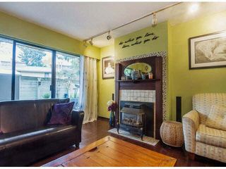 """Photo 5: 111 11771 KING Road in Richmond: Ironwood Townhouse for sale in """"KINGSWOOD DOWNE"""" : MLS®# R2387573"""