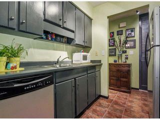"""Photo 9: 111 11771 KING Road in Richmond: Ironwood Townhouse for sale in """"KINGSWOOD DOWNE"""" : MLS®# R2387573"""