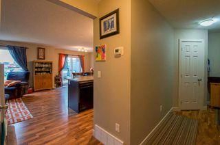 Photo 3: 319 Charlotte Close: Sherwood Park House Half Duplex for sale : MLS®# E4173168