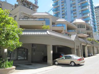 "Photo 4: 207 1208 BIDWELL Street in Vancouver: West End VW Condo for sale in ""Baybreeze"" (Vancouver West)  : MLS®# R2409529"