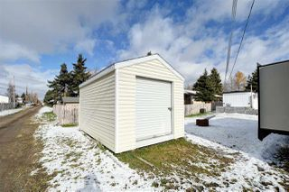 """Photo 17: 8908 75 Street in Fort St. John: Fort St. John - City SE Manufactured Home for sale in """"SOUTH ANNEOFIELD"""" (Fort St. John (Zone 60))  : MLS®# R2412701"""