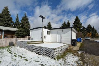 """Photo 23: 8908 75 Street in Fort St. John: Fort St. John - City SE Manufactured Home for sale in """"SOUTH ANNEOFIELD"""" (Fort St. John (Zone 60))  : MLS®# R2412701"""