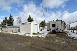 """Photo 20: 8908 75 Street in Fort St. John: Fort St. John - City SE Manufactured Home for sale in """"SOUTH ANNEOFIELD"""" (Fort St. John (Zone 60))  : MLS®# R2412701"""