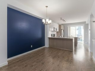 "Photo 5: 27 6450 187 Street in Surrey: Cloverdale BC Townhouse for sale in ""Hillcrest"" (Cloverdale)  : MLS®# R2421299"