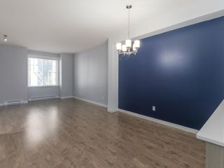 "Photo 4: 27 6450 187 Street in Surrey: Cloverdale BC Townhouse for sale in ""Hillcrest"" (Cloverdale)  : MLS®# R2421299"