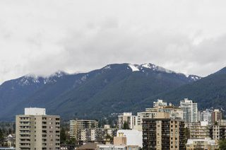 "Photo 9: 1804 145 ST. GEORGES Avenue in North Vancouver: Lower Lonsdale Condo for sale in ""Talisman Tower"" : MLS®# R2426271"