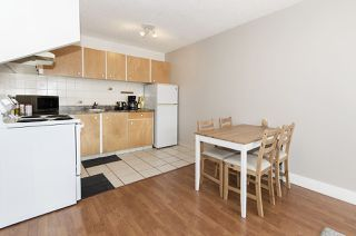 "Photo 3: 1804 145 ST. GEORGES Avenue in North Vancouver: Lower Lonsdale Condo for sale in ""Talisman Tower"" : MLS®# R2426271"