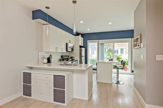 """Photo 3: 404 32789 BURTON Avenue in Mission: Mission BC Townhouse for sale in """"Silver Creek"""" : MLS®# R2466468"""