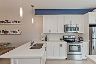 """Photo 9: 404 32789 BURTON Avenue in Mission: Mission BC Townhouse for sale in """"Silver Creek"""" : MLS®# R2466468"""