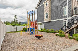 """Photo 31: 404 32789 BURTON Avenue in Mission: Mission BC Townhouse for sale in """"Silver Creek"""" : MLS®# R2466468"""