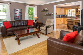 Photo 4: 40 Sunset Drive in Glen Haven: 40-Timberlea, Prospect, St. Margaret`S Bay Residential for sale (Halifax-Dartmouth)  : MLS®# 202011241
